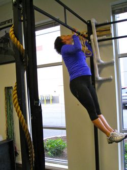Lucy_Pull-up practice