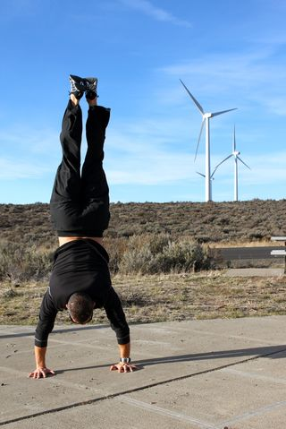 USAW Cert_Rest Stop Handstand