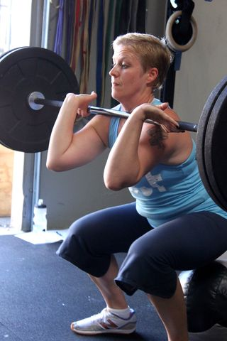Amy Front Squat_Hammer