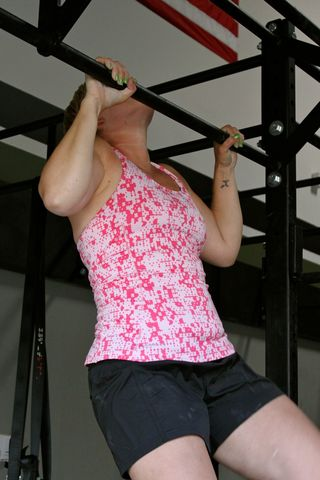 Amy N_1st Pullup