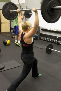 Amy_Split Jerk