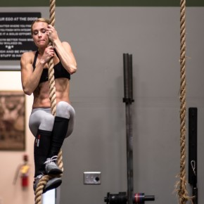 SnoRidge CrossFit_Rope Climb_by Rob W