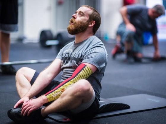 SnoRidge CrossFit_AbMat Sit-Up